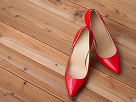靴デザイナーの仕事内容