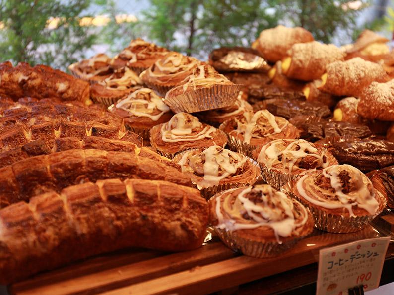 160種類以上のパンづくり