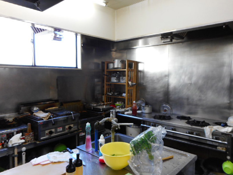 料理をつくるためには<ruby><rb>慣</rb><rp>(</rp><rt>な</rt><rp>)</rp></ruby>れが必要