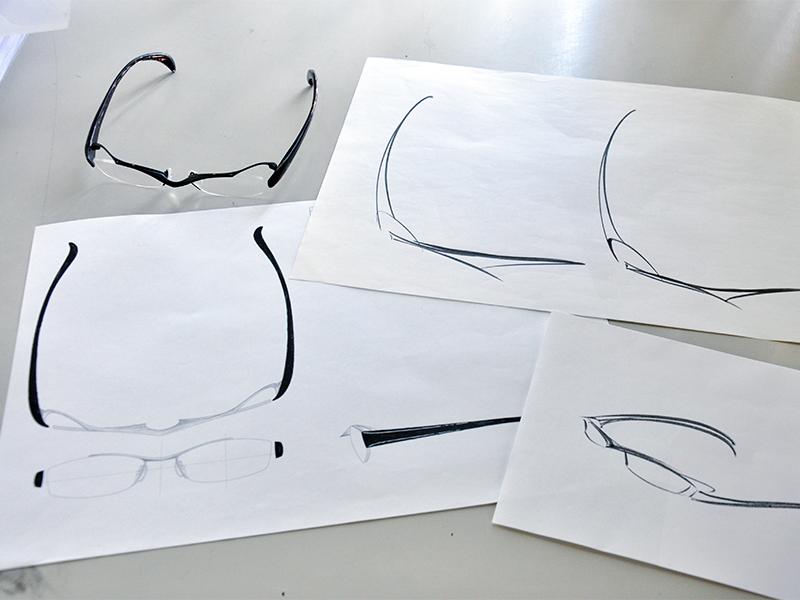 自分がデザインした眼鏡を喜んでくれる人がいる
