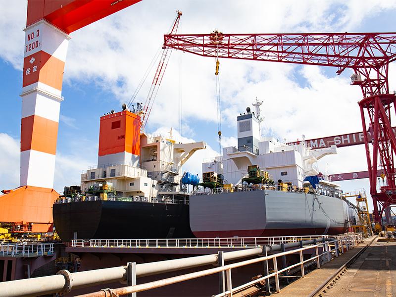 年間40<ruby>隻<rt>せき</rt></ruby>の大型貨物船を<ruby>建<rt>けん</rt></ruby><ruby>造<rt>ぞう</rt></ruby>