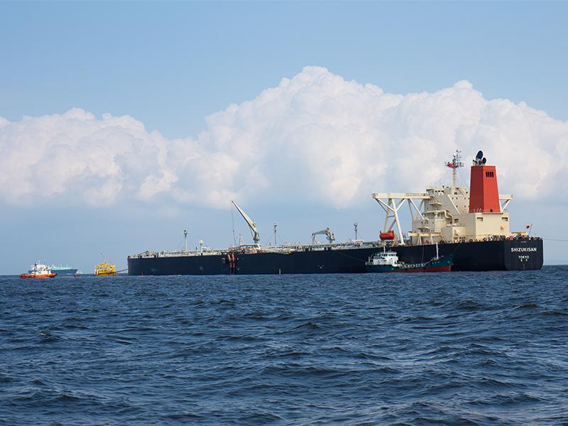 原油の荷揚げの総責任者