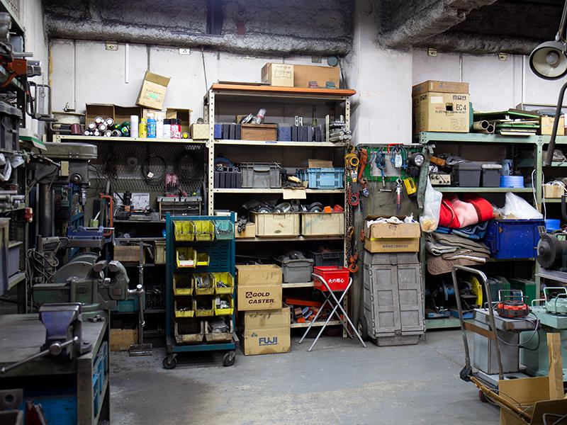 一から学んだ機械の製造と会社運営