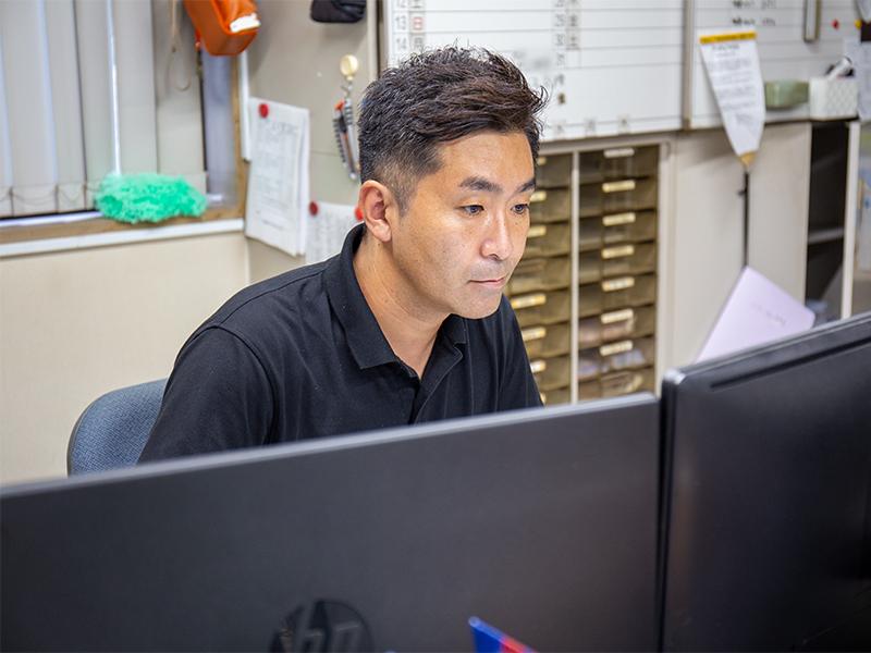 パソコンを使って打ち上げを組み立てる