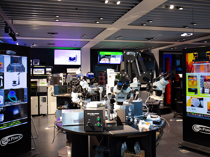 アクセサリーの工場見学でめばえた,機械や工具への興味